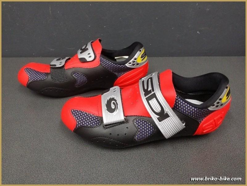 """Zapatos de NUESTRA """"SIDI SCARPE DINÁMICO"""" Tamaño 40 (Ref 38)"""