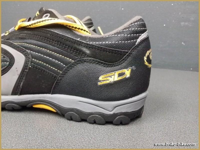 """Zapatos de NUESTRA """"SIDI BÁSICA"""" uno-Tamaño-44 (Ref 46)"""