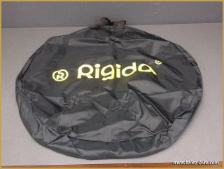 Housse de roue RIGIDA (Ref 01)