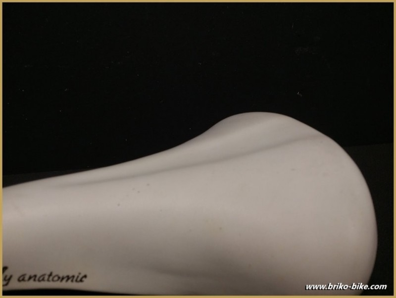 """Selle Italia """"LADY ANATOMIC"""" (Ref 231)"""