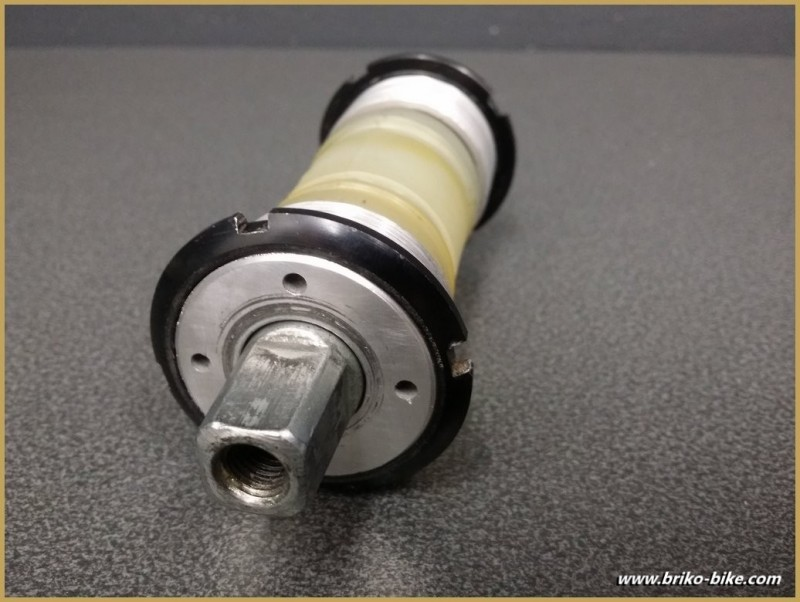 "Tretlager ""STRONGLIGHT 651"" 118 mm (36 x 24 (Ref 238)"