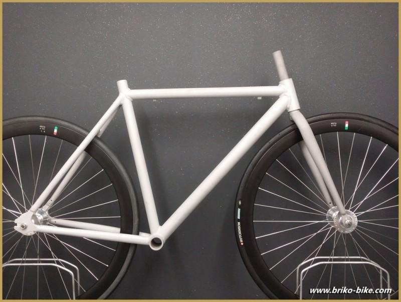 Marco de Engranaje fijo de aluminio pulido con chorro de arena de Tamaño 52