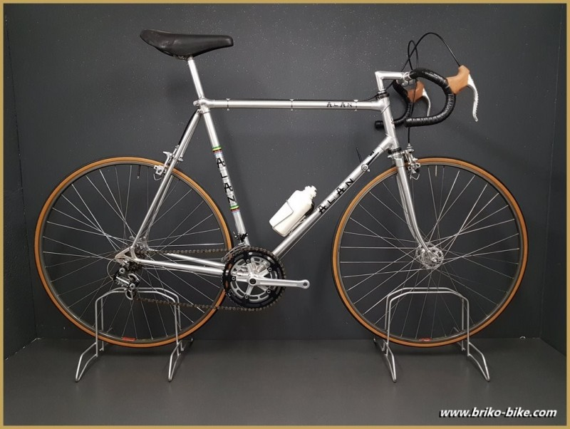 """Vélo """"ALAN COMPETITION"""" taille 58"""