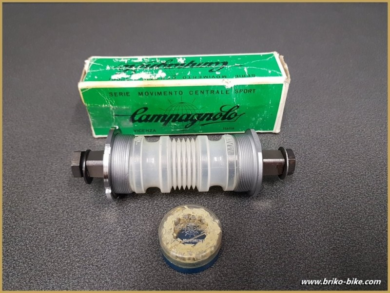 "Axe de pédalier NOS ""CAMPAGNOLO GRAN SPORT"" 114.5 mm 35 x 1 (Ref 267)"