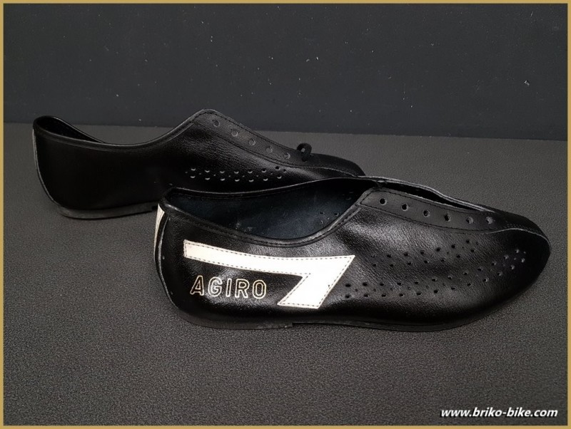 """Shoes OUR """"AGIRO"""" Size 42 (Ref 70)"""