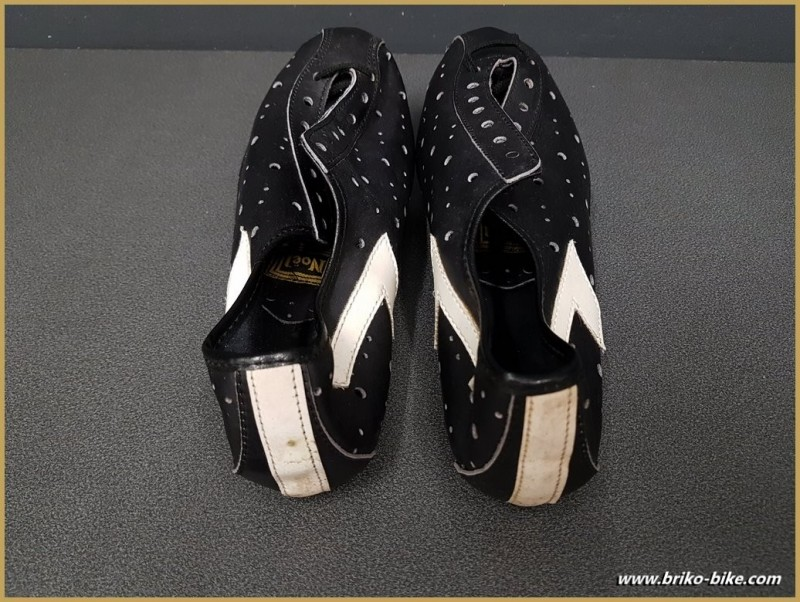 """Chaussures NOS """"NOEL"""" Taille 39 (Ref 80)"""