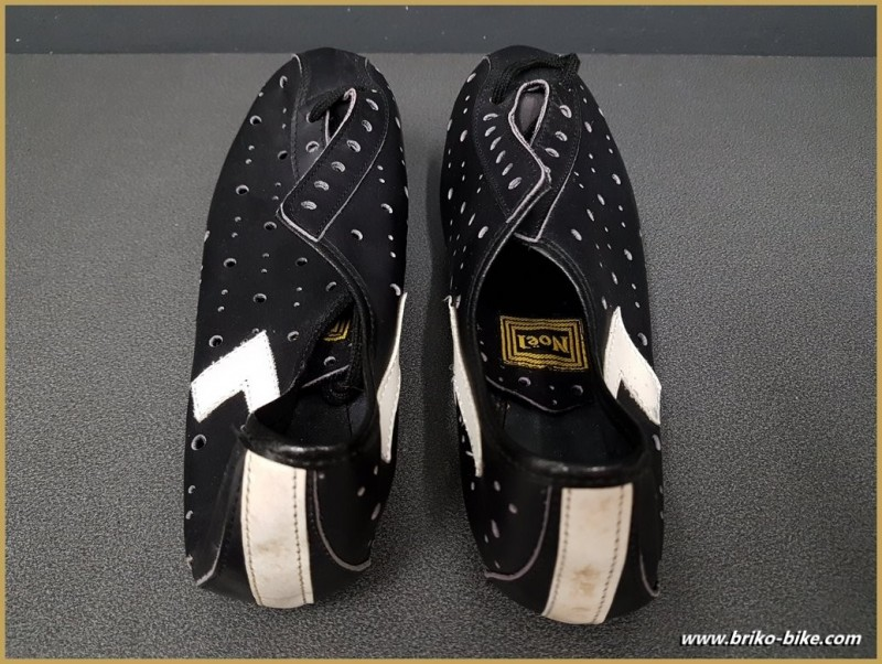 "Chaussures NOS ""NOEL"" Taille 38 (Ref 81)"