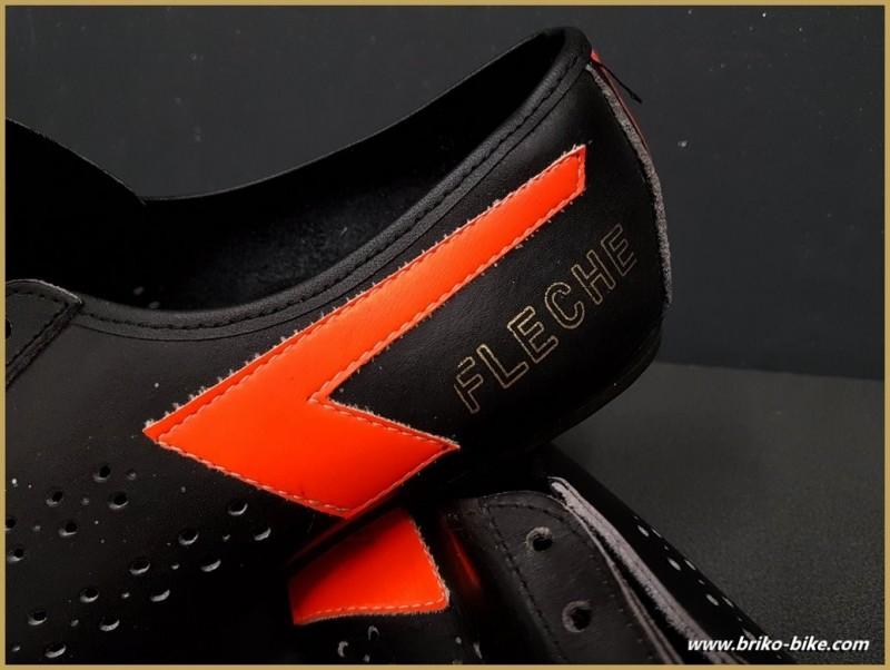 "Chaussures NOS ""NOEL FLECHE"" Taille 42 (Ref 86)"