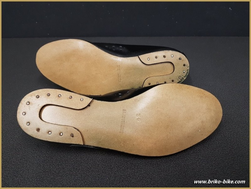 "Chaussures NOS ""AGIRO"" Taille 36 (Ref 71)"