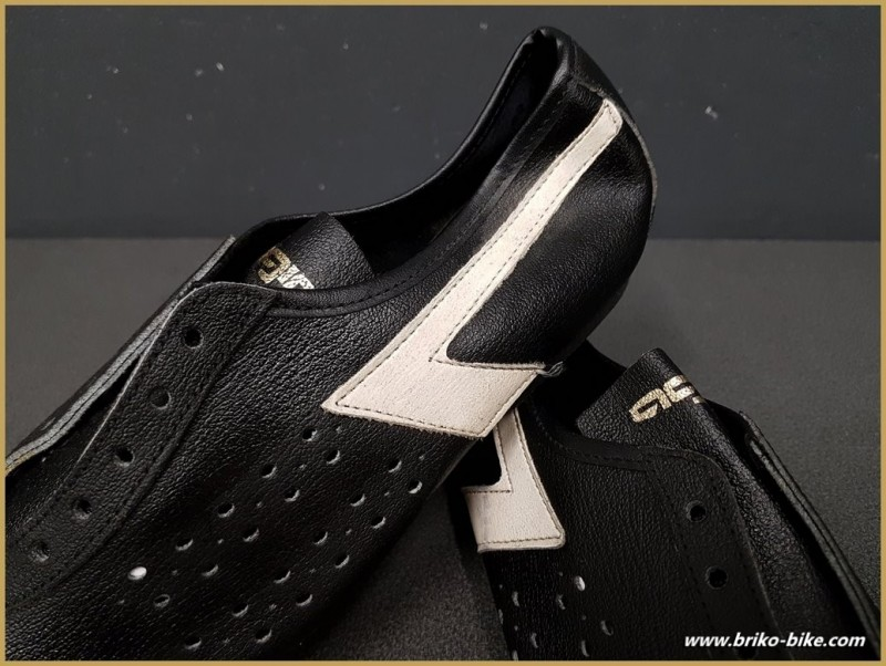 """Zapatos de NUESTRA """"AGIRO"""" Tamaño 35 (Ref 72)"""
