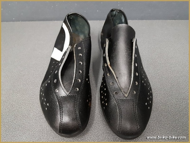 """Chaussures NOS """"AGIRO CYCLO"""" Taille 40 (Ref 74)"""