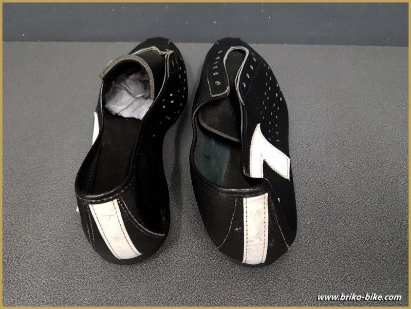 """Shoes OUR """"AGIRO """" CYCLO"""" Size 40 (Ref 74)"""