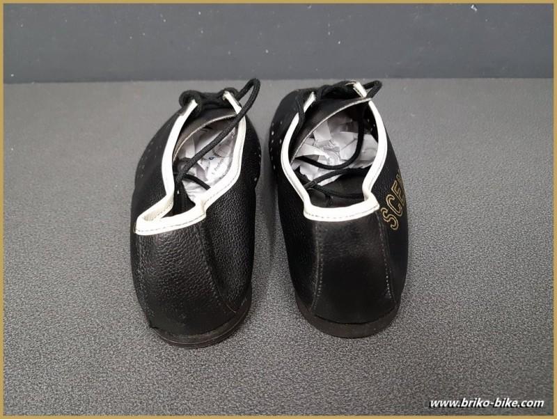 """Zapatos de NUESTRA """"SCENO"""" Tamaño 34 (Ref 10)"""