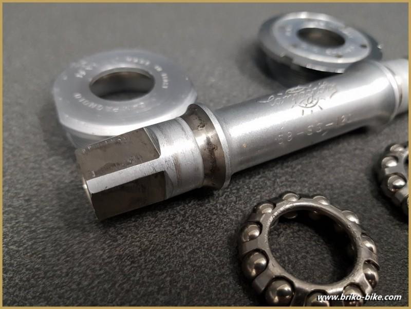 """Axe de pédalier """"CAMPAGNOLO RECORD"""" 113 mm 35 x 1 (Ref 272)"""