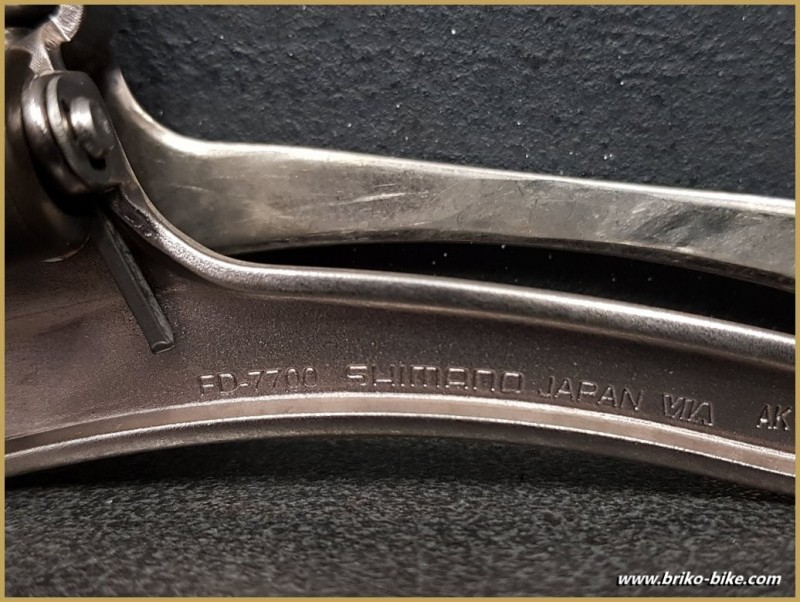 """Deragliatore anteriore """"SHIMANO DURA ACE"""" (Ref 1124)"""