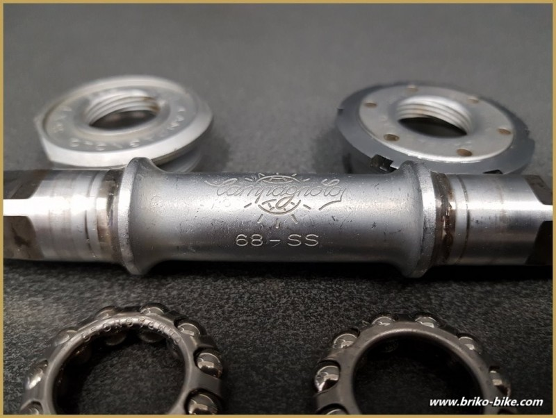 "Axe de pédalier ""CAMPAGNOLO SUPER RECORD"" 114 mm 35 x 1(Ref 282)"