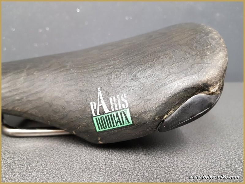 Saddle BASSANO VUELTA, PARIS-ROUBAIX Titanium (Ref 274)