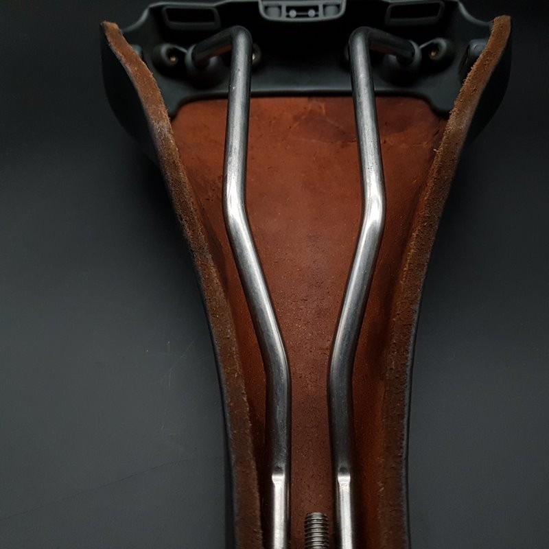 "Saddle GILLES BERTHOUD ASPIN Stainless steel"" (Ref 285)"