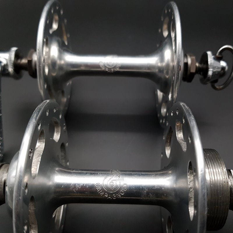 """Pair of hubs CAMPAGNOLO NUOVO TIPO"""" 36t (Ref 297)"""