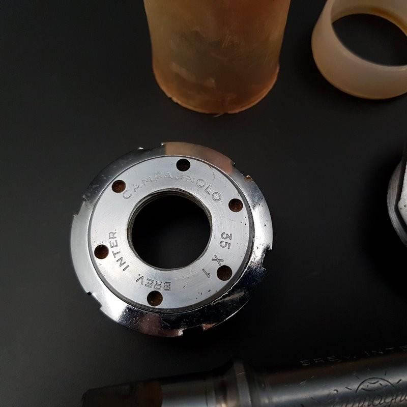 "Axe de pédalier ""CAMPAGNOLO SUPER RECORD"" 112 mm 35 x 1 (Ref 294)"