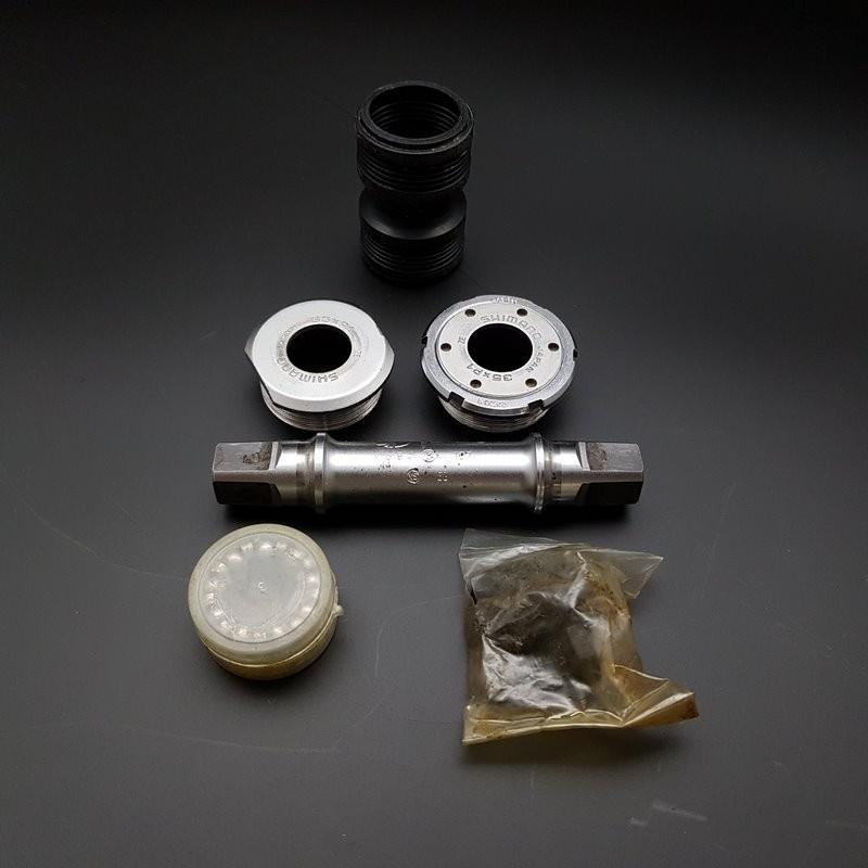 """Axe de pédalier """"SHIMANO 600"""" 107 mm 35 x 1 (Ref 307)"""