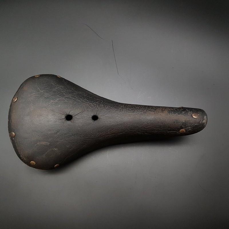 "Saddle ""BIM 39"" (Ref 335)"