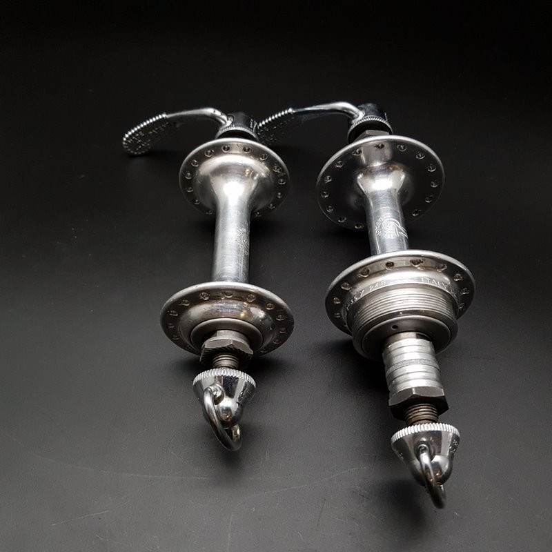 """Pair of hubs CAMPAGNOLO TIPO"""" 32t (Ref 317)"""
