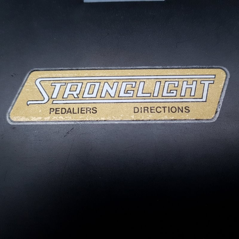 "Sticker ""STRONGLIGHT"" NOS"