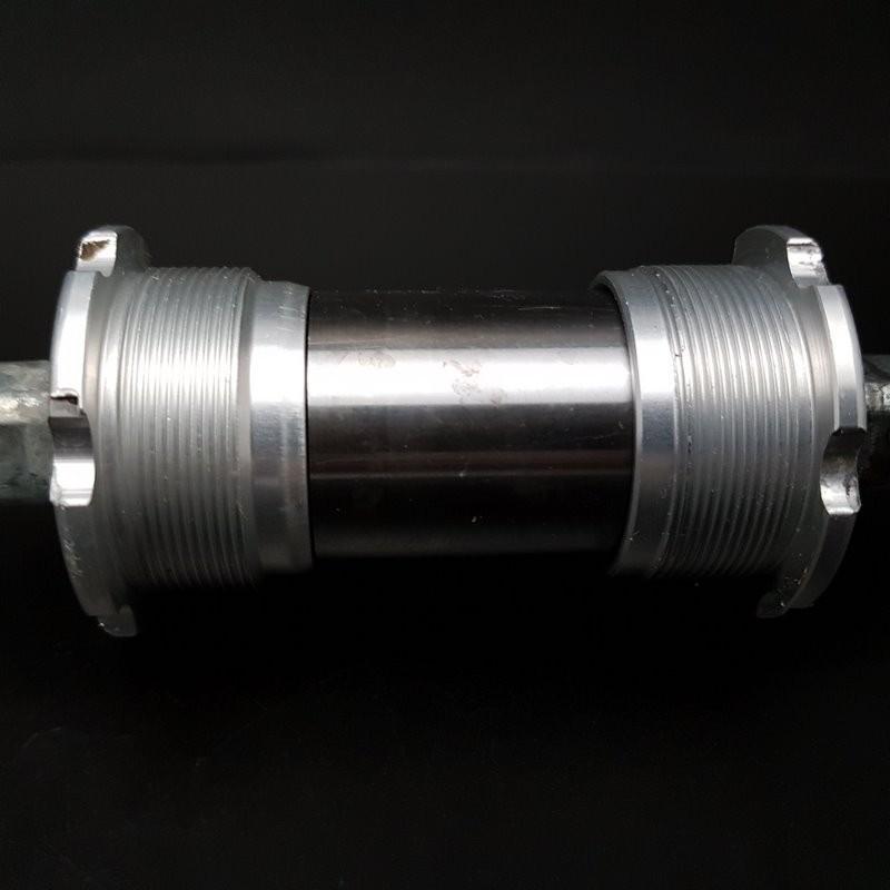 "Axe de pédalier ""CAMPAGNOLO VELOCE"" 116 mm BSC (Ref 340)"