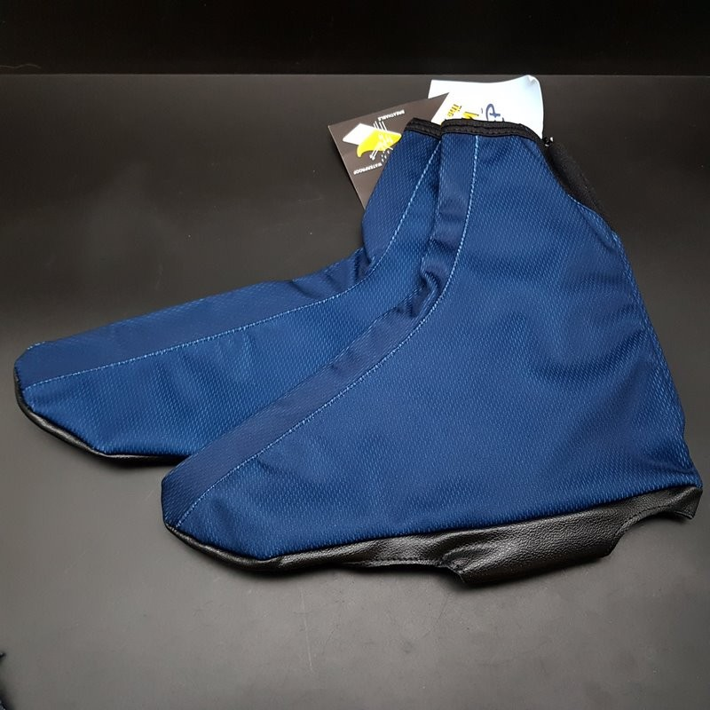 """Pair of Overboots OUR """"HYGIENE"""" Size 42/43 (Ref 01)"""