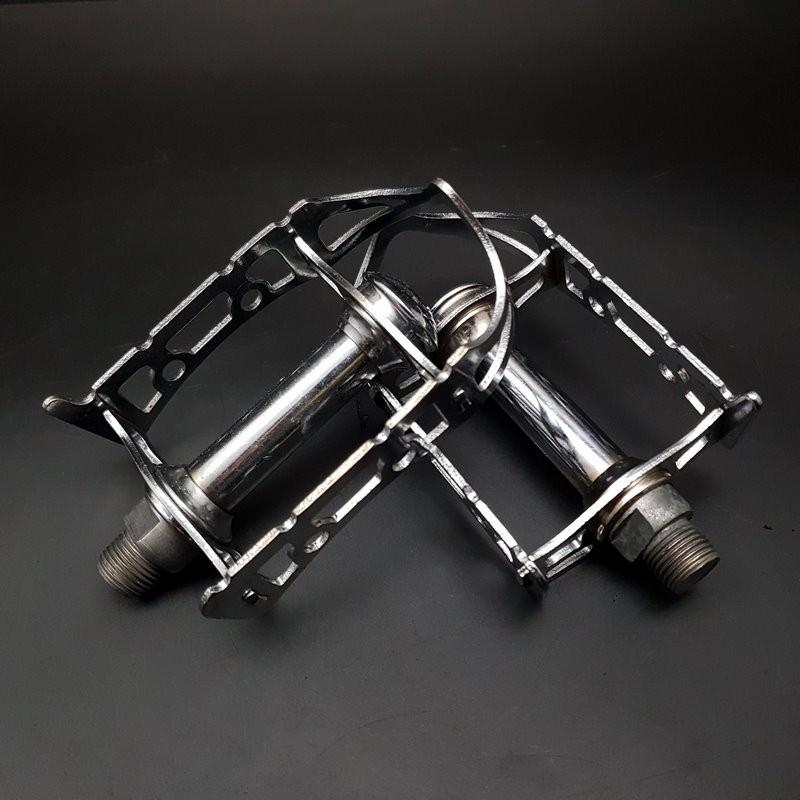 """Pedals """"NOTARIO"""" 14 x 1.25 (Ref 666)"""