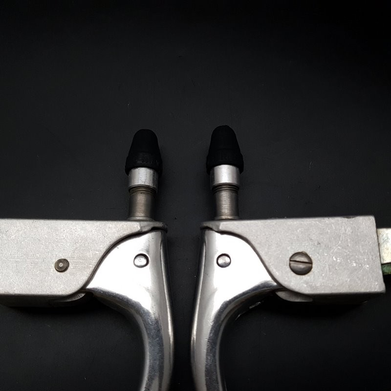 "Brake levers ""UNIVERSAL"" N. O. S (Ref 505)"