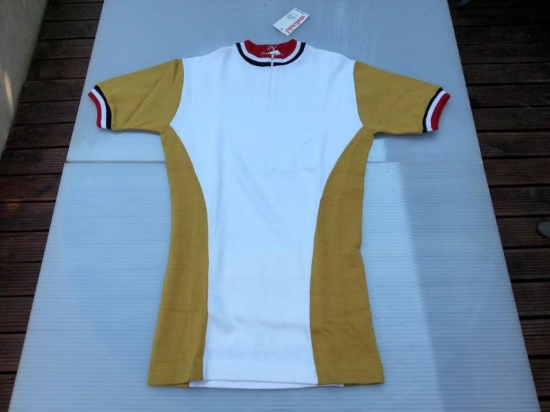 """Camiseta de nuestro tamaño """"Deportes Westen"""" 1"""