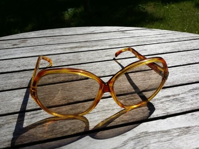 Vintage women glasses
