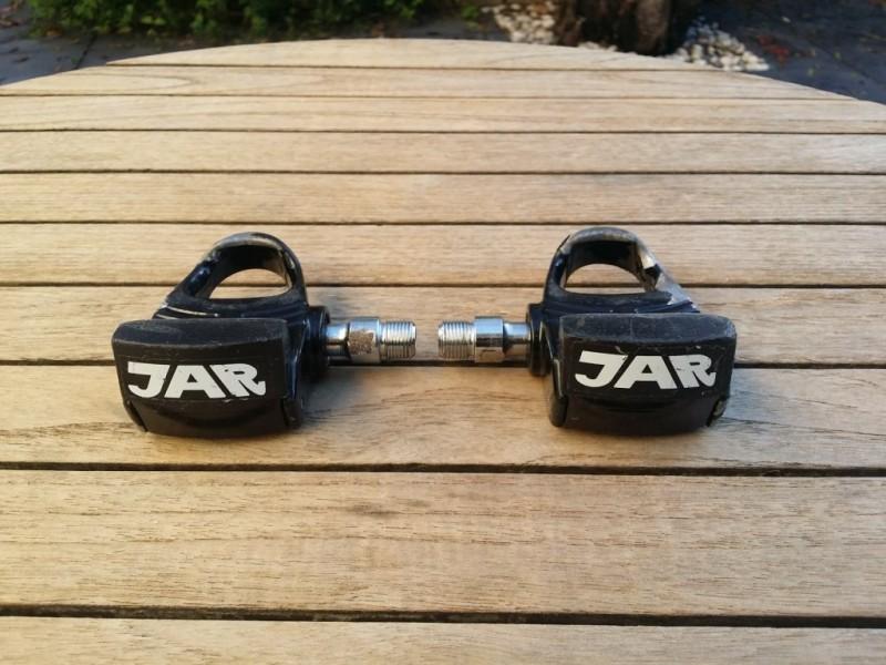 """Los pedales de """"JAR"""" (Ref 02)"""