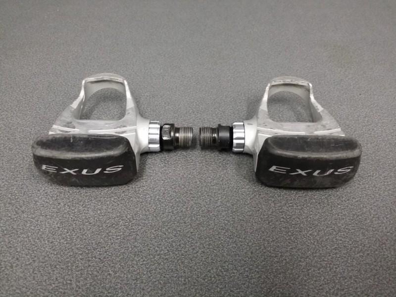 """Los pedales automáticos """"EXUS E12"""" (Ref 153)"""
