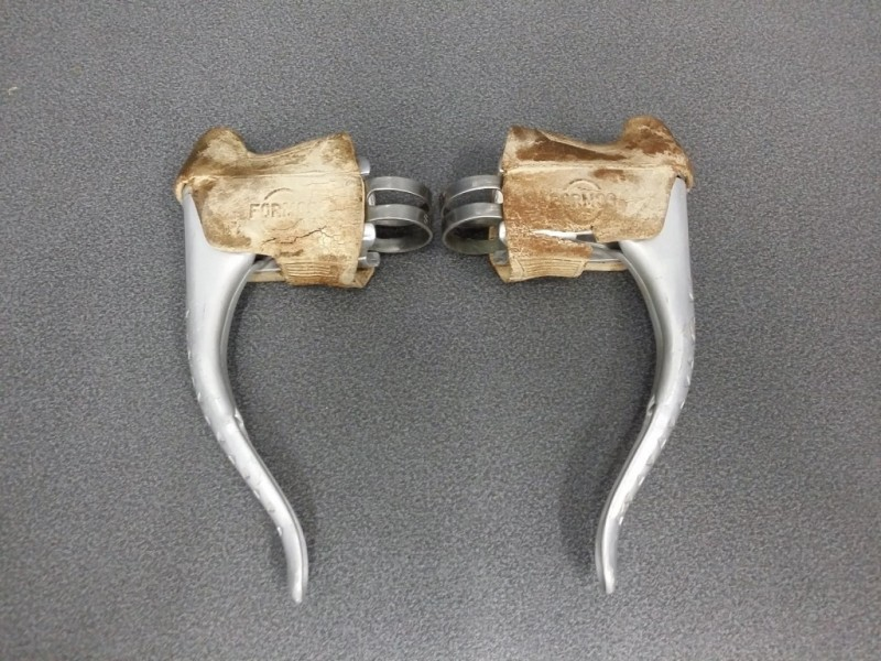 "Brake levers ""FORMOS"" (Ref 116)"