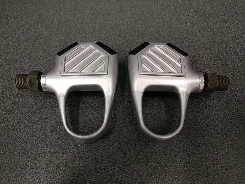 """Los pedales automáticos NUESTRO """"WELLGO RC 9101"""" (Ref 200)"""
