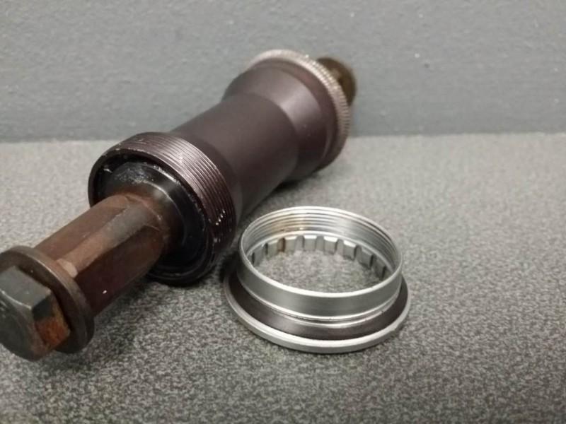 """La manivela de una de NUESTRAS """"YST BB-966"""" 122 mm (Ref 117)"""