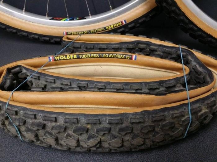 """Paire de roues VTT """"WOLBER Boyau !!!!"""" 26"""" NOS"""