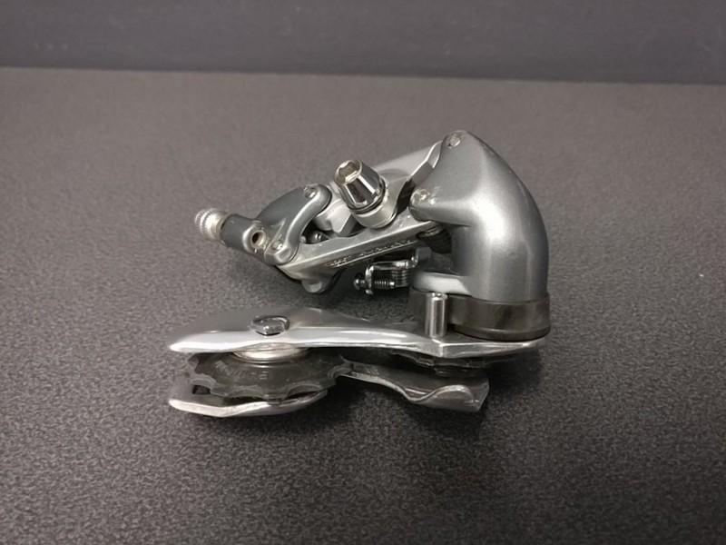 """Dérailleur arrière """"SHIMANO 600"""" 7v (Ref 460)"""