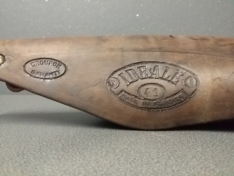 """Selle """"IDEALE 41"""" (Ref 74)"""