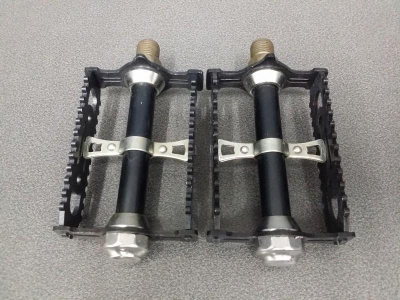 "Pedals ""LYOTARD 460D Black"" FR (Ref 356)"
