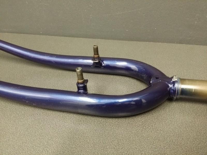 Forcella 700 a sbalzo in acciaio blu, blu navy (Ref 10)