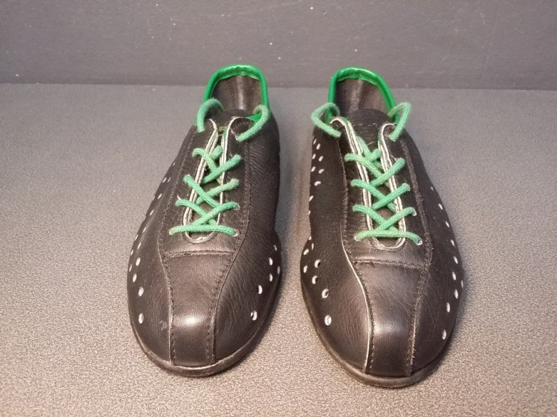 "Shoes ""child"" OUR a Size 32 (Ref 15)"