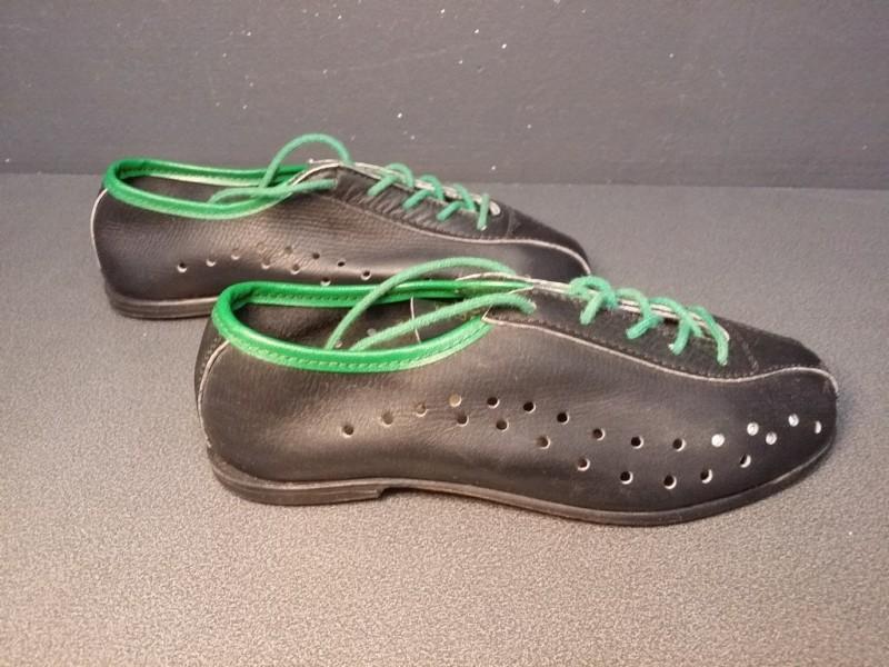 """Zapatos de """"el niño"""" NUESTRO un Tamaño de 32 (Ref 15)"""