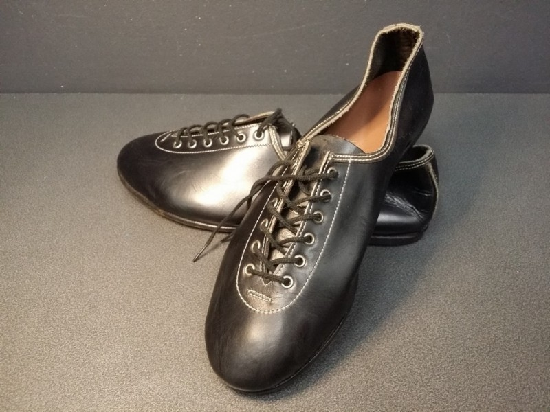 """Chaussures NOS """"HUNGARIA"""" Taille 39  (Ref 03)"""