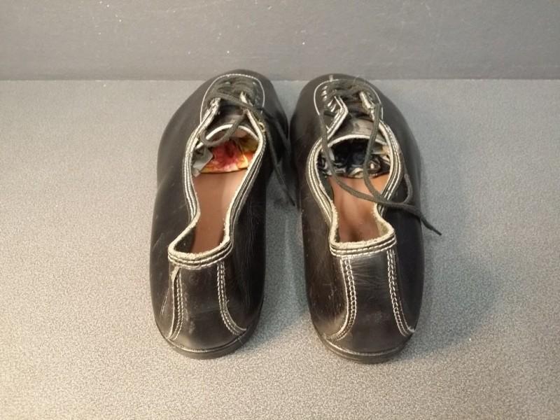 """Zapatos de NUESTRA """"HUNGARIA"""" Tamaño 39 (Ref 03)"""