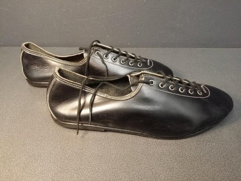 """Scarpe NOSTRO """"HUNGARIA"""" Size 39 (Rif 03)"""