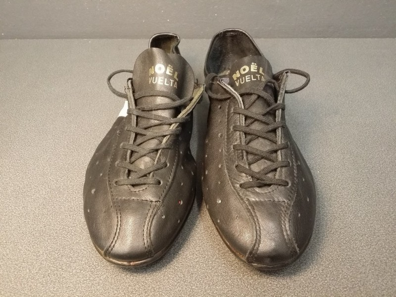"""Shoes OUR """"CHRISTMAS VUELTA"""" Size 40 (Ref 06)"""
